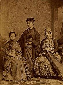 Anandibai Gopalrao Joshi (India), Keiko Okami (Japan)  and Sabat M Islambouli (Syria), one of the first women doctors of their respective countries.